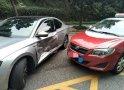 斯柯达被丰田猛撞,司机感慨:德系车钣金比不上丰田